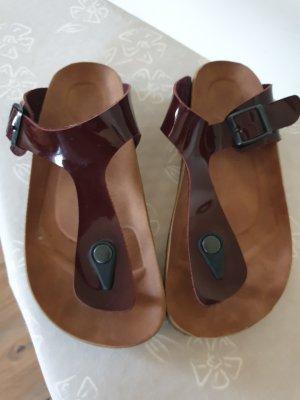 Flip-Flop Sandals dark red