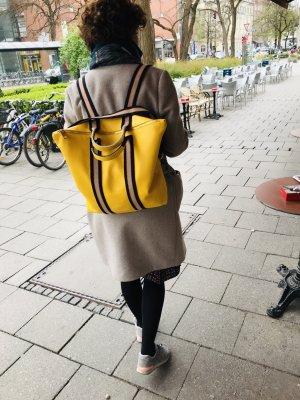Damen Rucksack Tragerücksack Leder gelb Handtasche neu 2 in 1