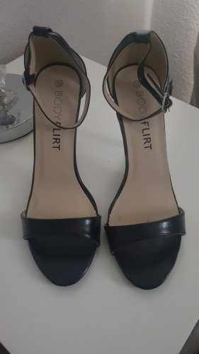 Bodyflirt High Heels black