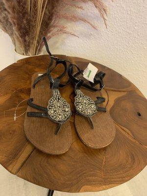Cocomel Flip-Flop Sandals black-silver-colored