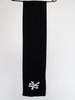 Knitted Scarf black-white