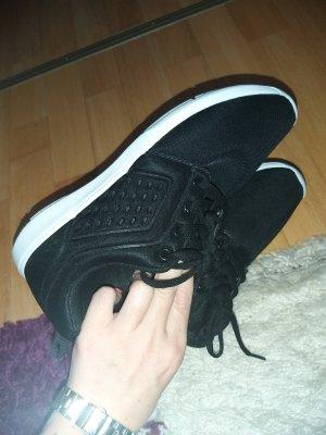 100 Sneaker stringata nero