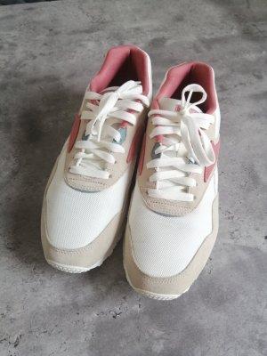 Damen Sneaker Reebok Gr. 40.5, beige/rosa/weiß