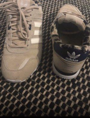 Adidas Sznurowane trampki kremowy-ciemnoniebieski