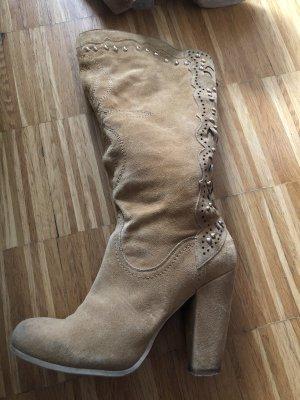 Laarzen met hoge hakken beige