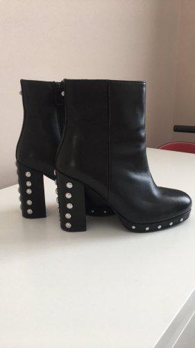 Botas de tacón alto negro