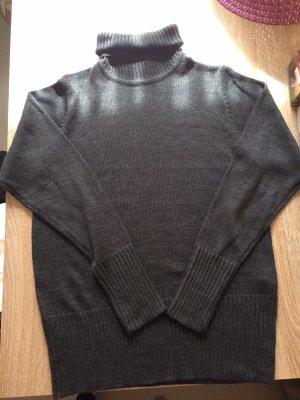 Janina Turtleneck Sweater black