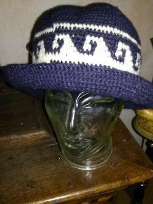 Damen Strickmütze/ strick-Hut mit Krempe - Handarbeit- Wolle- blau-weiss