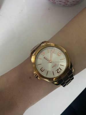 s.Oliver Watch With Metal Strap gold-colored