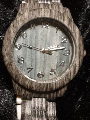Reloj analógico gris