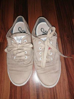 Damen und Mädchen Sneaker.