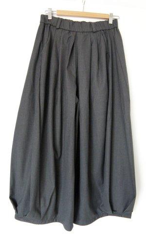 Pantalón de pinza gris oscuro