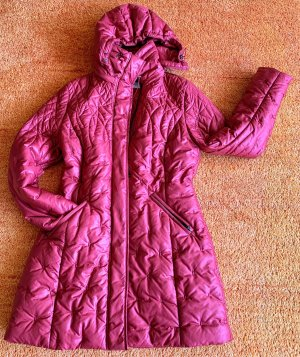 Un Jour Ailleurs Quilted Coat red-brick red polyester