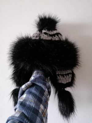 Fur Hat black-silver-colored mohair