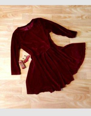 Damenkleid  Samtiges Kleid, Party Kleid, Gr.S/M ganz Neu