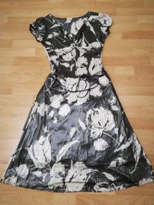 Damenkleid von Paola. Gr. 40. Neu