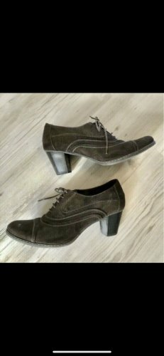 Ariane Lace-up Pumps brown