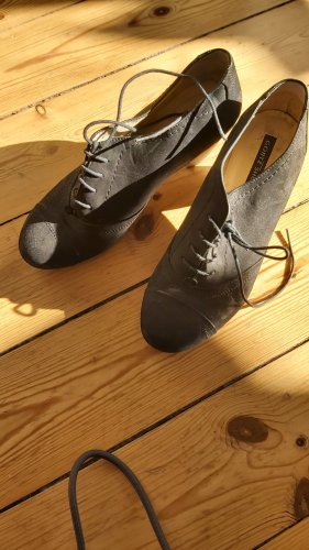 Görtz Shoes Tacones con cordones negro