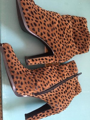0039 Italy Platform Booties gold orange