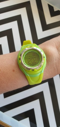 Orologio digitale giallo lime