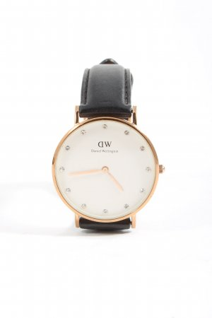 Daniel Wellington Analog Watch black casual look