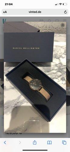 Daniel Wellington Watch With Metal Strap nude-beige