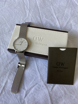 Daniel Wellington Watch With Metal Strap black-silver-colored