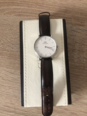 Daniel Wellington Watch With Leather Strap silver-colored