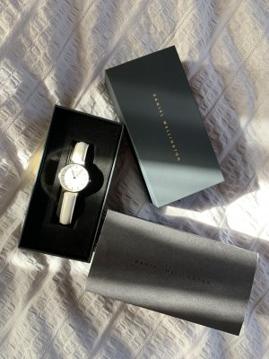 Daniel Wellington Watch With Leather Strap white-silver-colored
