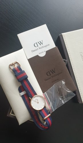 Daniel Wellington Analog Watch neon red-steel blue