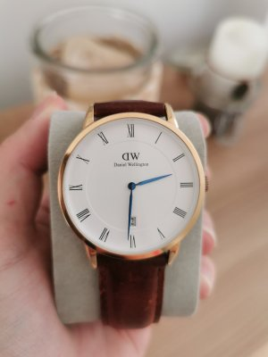 Daniel Wellington Watch With Leather Strap multicolored