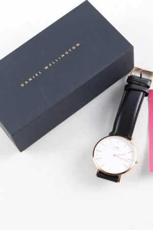 Daniel Wellington Watch With Leather Strap black-gold-colored business style