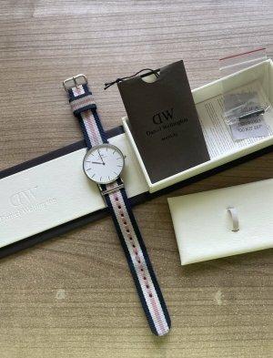 Daniel Wellington Reloj analógico color plata