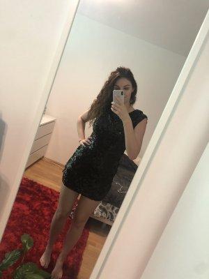 das kleine schwarze Paillettenkleid