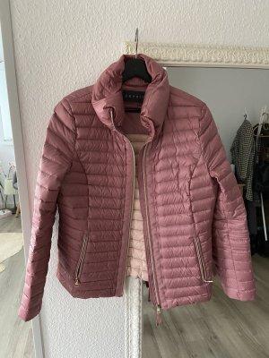Esprit Chaqueta de plumón rosa empolvado