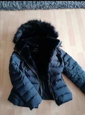 Dauenjacke von Zara, Winterjacke, Neuwertig, Größe M