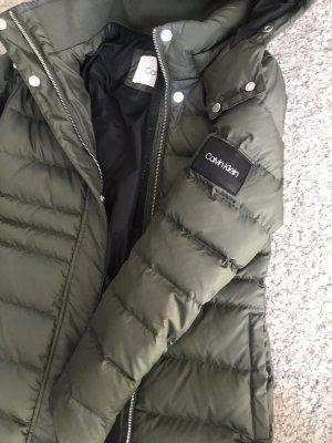 Calvin Klein Płaszcz puchowy khaki