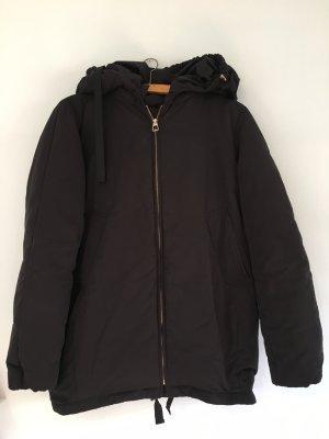 Zara Abrigo de plumón negro-color oro