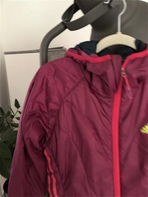 Adidas Kurtka puchowa purpurowy-fioletowy