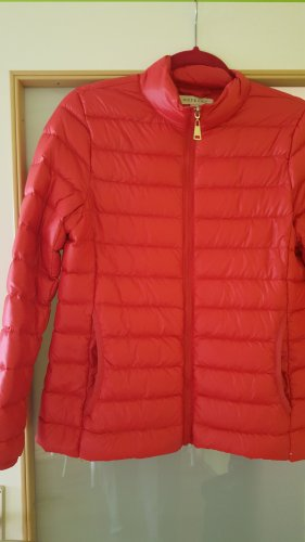 Down Jacket bright red