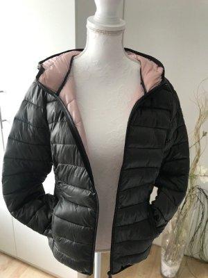 Daunenjacke light neu grün Gr, s Jacke Übergangsjacke dunkelgrün rosa Q/S bei Esprit