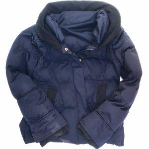 Płaszcz puchowy ciemnoniebieski