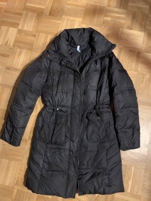 Esprit Abrigo de plumón negro