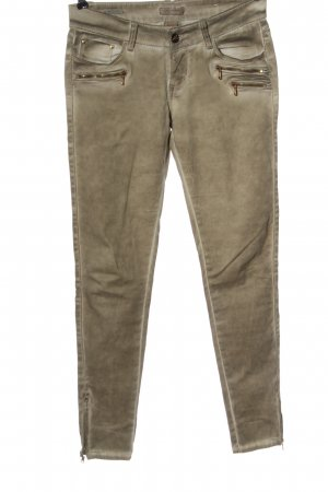 Daysie Low-Rise Trousers cream casual look