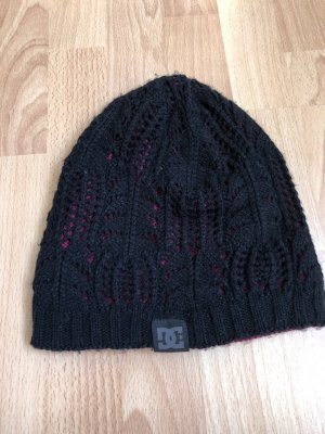 DC Shoes Knitted Hat black-magenta