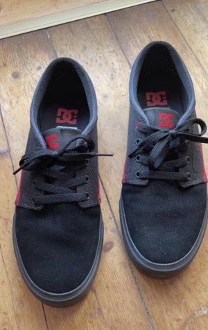 DC Chaussure skate noir-rouge