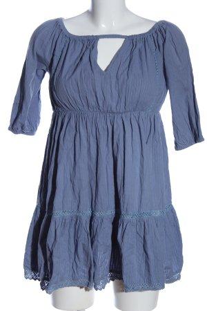 Debiflue x NA-KD Mini Dress blue casual look
