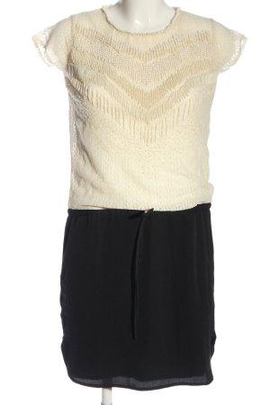 Deby Debo Mini Dress cream-black casual look