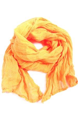 Deerberg Crinkle Scarf light orange casual look