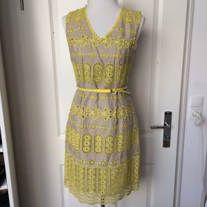 Dehrly Spitzen Kleid gelb Gr. S mit Gürtel